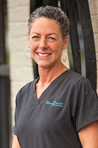 Shannon, Dental Assistant