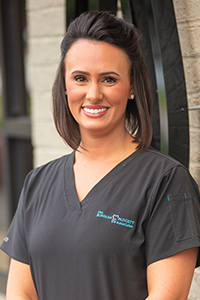 Shayna, Dental Assistant